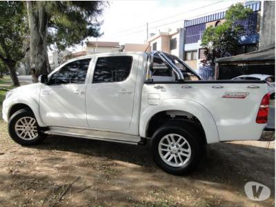 Toyota Hilux 4WD 2016